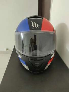MT Thunder 3 helmet ( 1 month used) at lowest price