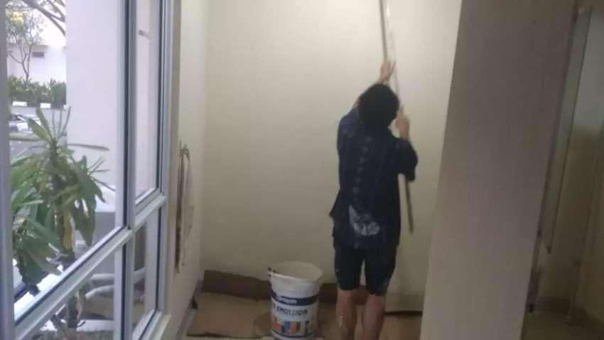 Pengecatan, pemasangan keramik, pemasangan partisi dan renovasi rumah 0