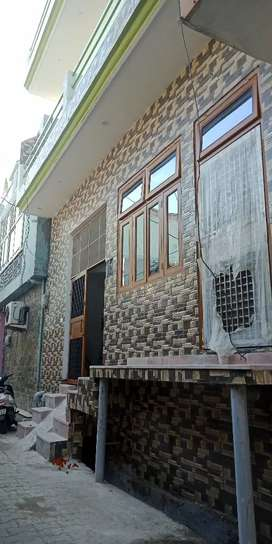 House for sale in sabun godam near all facilities.