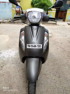 Suzuki bike for sale with 5years insurance with showroom condition