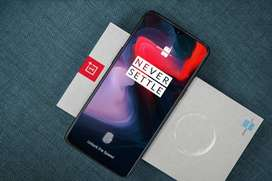 Weekend sale on one plus 6T model is available in 3 months old conditi
