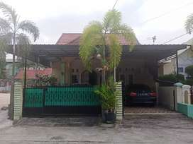Dijual Rumah Cantik Di Komplek Cendana