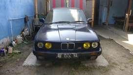 BMW 318i E30 M40