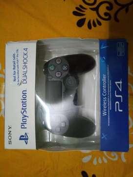 NEW PS4 DUALSHOCK 4 CONTROLLER