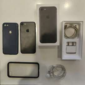 SELLING MY IPHONE 7 32GB MATTE BLACK COLOUR.