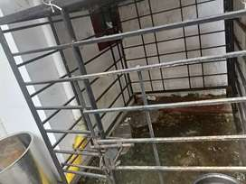 Dog cage with  aluminium  roof