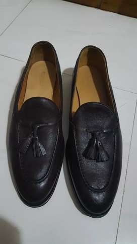 Brown leather tassel loafers made in italy