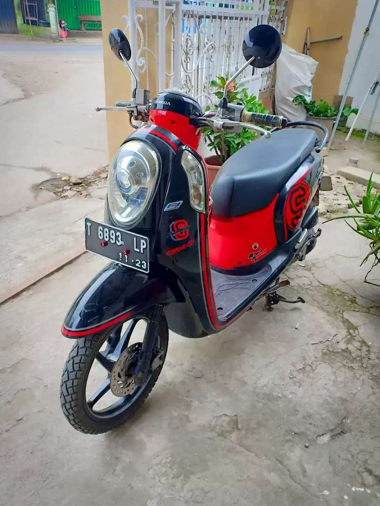 Scoopy injection 2013 pjk on