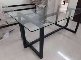 NEW DINING TABLE FOR COMPONEY PRICE 5x3