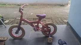 Sepeda cyclopsbikes