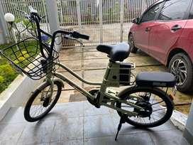 Sepeda Listrik batik