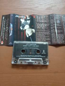 Kaset Tape HELLOWEEN - RABBIT DON'T COME EASY