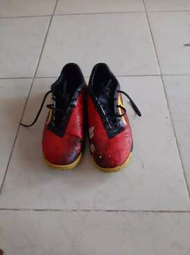 Segera dijual sepatu specs size 42