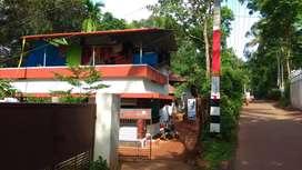 പന്തീരാങ്കാവിൽ 7 സെന്റ് സ്ഥലവും വീടും വില്പന