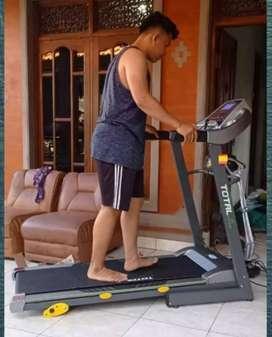 Treadmill TL288 Classic Elektrik Besar, Total Mesin 2.0Hp