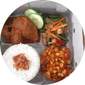 Aneka nasi kotak dan nasi kuning halal dan free ongkir