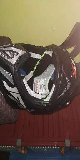 Helm jpx ukuran l
