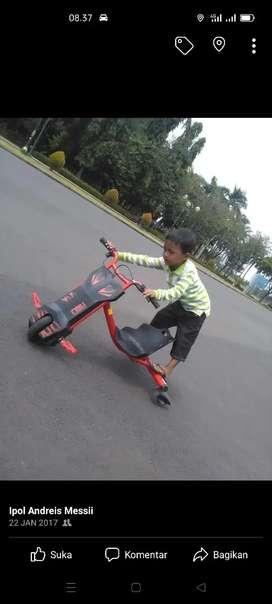 Jual scuter sepeda listrik anak .