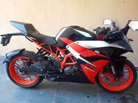 KTM DUKE 200CC in New Condition , Attractive Look and good mileage