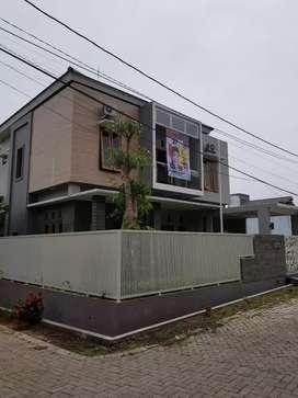Rumah Mewah 2 Lt Bgs Siap Huni Perumahan The Daara Sidosari Town House