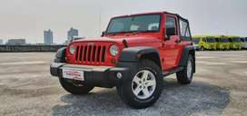 Jeep Wrangler Sport 2Doors 3.6 Pentastar 2013 merah km 24rb record