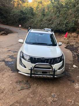 Xuv500 w10 in excellent cond under warranty with full insurance topend
