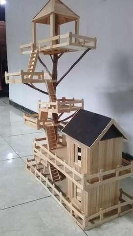 Miniatur rumah pohon