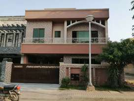 10Marla5bedroom house for sale in bahria town rwp phase3