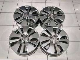 Velg Mobil Copota Suzuki Scross Ring 16 Lebar 5  Hole.5x114,3 Grey R15