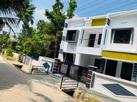 Aluva choondi jn near 3.50cent 1500sqft 3bhk road side house for sale