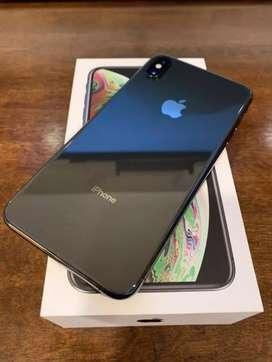 iPhone Xs Max 25gb Black With Bill Box & All Accessorie under warranty