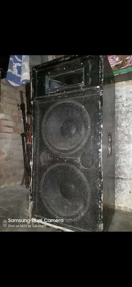 4 Speaker with cabinet 15 inch
