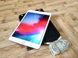 IPAD MINI 3 ROM 16GB WIFI+CELL Warna (Silver) 97% Mulus,