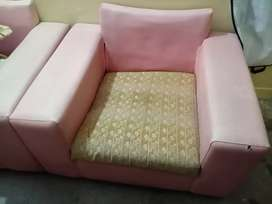 Sofa Set (7 Seaters) Rs 15,000/-