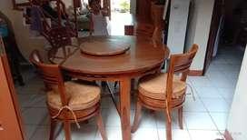 Meja makan minimalis mutar ,kayu jati