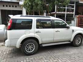 Dijual ford everest 4x4 kondisi bagus th.2012