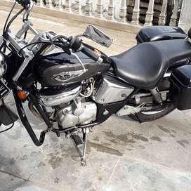 Honda phantom builup thailan model. Herley davidson ta 200cc