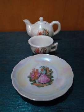 Miniatur Teko Piring Cangkir Mini Unik Keramik Kuno Antik Vintage