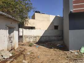 33 sqyds Plot for Sale in Uppal for just 11.5 lacs. No Brokers please.