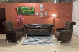 Sofa Ruang Tamu 2 Seat Jumbo Chasterfield + 1.1 Seat Wingchair