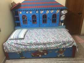 kids three in one cot