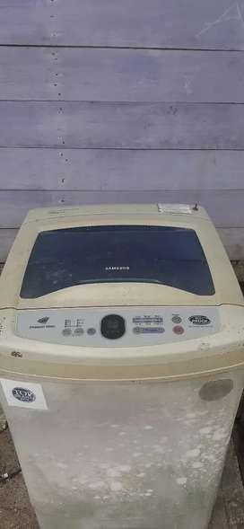Bismillah, dijual mesin cuci samsung 8kg. Normal siap pakai