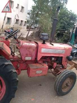 Mahindra DI 275  tractor , running candition at karad satara