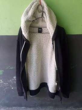 Jaket hoodie tebal merk NII