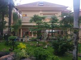 Rumah mewah, full furnish luxury Graha Family, surabaya batat