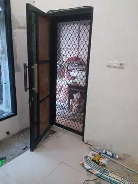 Pintu jendela kasa nyamuk