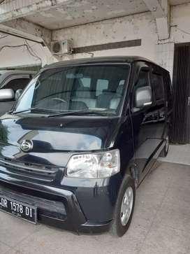 Daihatsu Granmax minibus 1.3D