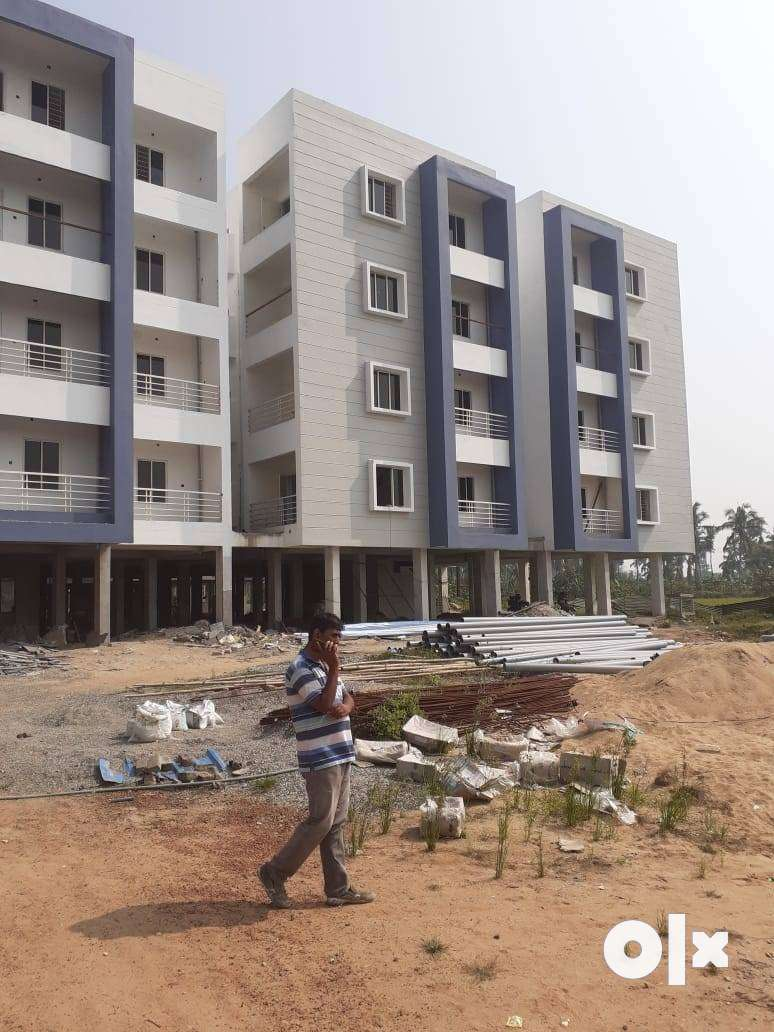 1,2& 3 BHK Ready to move flat Rs 18.6 lakhs onwards near sai temple 0