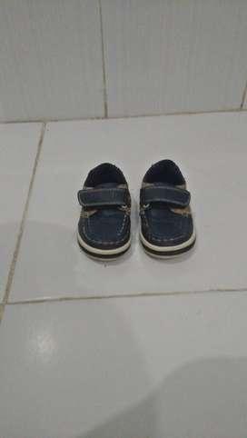 Sepatu anak ( bekas ) mothercare