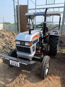 Eicher Tractor 548